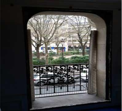 Remplacement des portes-fenêtres esprit ancien d'un appartement à Paris - Isolation phonique et thermique